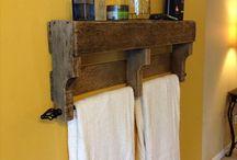 DIY Pallet Projects / by Alicia Leiviska