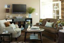 Living room remodeling / by Tracie Hiatt