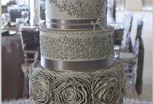Cakes / by Gaby Ramírez