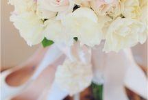Bouquets wedding  / by Mary Rzeczkowski