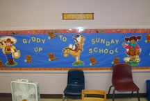 Youth and Kid Min Bulletin Boards / by Taylor Durr