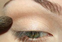 Makeup / by Aryanna Aviles