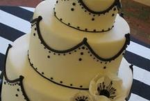 future wedding ideas<3 / by Meagan Fornes
