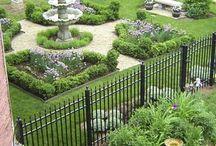 Victorian Gardens / by Ellen Hoj