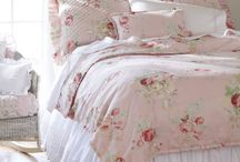 Dreamy Bedrooms / by Collette Robbins