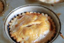 Food Craft { Pie } / All of our favorite recipes and how to for apple pie, cherry pie, key lime pie, banana cream pie, etc. / by Charmios