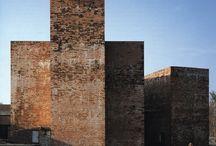Ladrillo / Materiales. Uso del ladrillo como material de fachada en edificación. / by Enrique Rayon