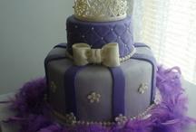 Cake & Cupcake Recipes / by Sarah Freimann