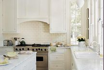 Kitchens! / by Jennifer Sechrest-Griffin