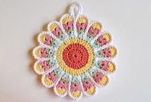Creative Crochet Freebies / by Rhonda