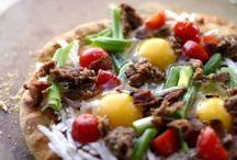 Pizza / by Genoa Blankenship