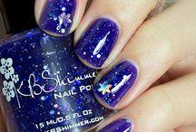 Nails / by Sarah Zakeri