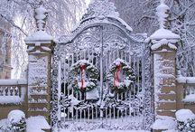 Wreaths / by Cara