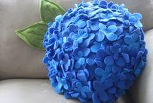 Pillows / by Malla