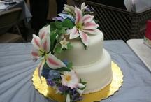 Cake & Cupcake Ideas / by Marlene Yovicich