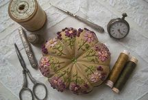 Pincushion & Pinking Shears / by Edwina Richardson