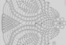 Crochet Doilies / by Jayashree Venkat