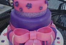 little girl cakes / by Jolanda Downing
