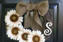 Wreath Ideas / by Danika Ruiz