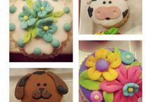 decorados cupcakes / by Patty Mares Cortez