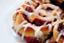 Food-Breakfast Treats / by Amanda Kneisley