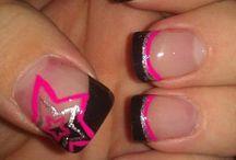Nails / by RoseAne DeCoeur