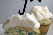 oooo cupcakes and cakes / by JoAnne Stroud