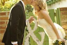 Wedding / by Chloe Nielsen