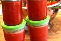 Food: Sauces and jams / by Jeanette Tanko