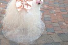 Flower Girl Dresses / by Katelynne Eslick