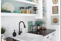 Kitchens / by Kimberly Johnson