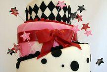 Chocolate Cakes  / by Naini Nakagawa