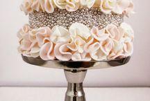 Wedding cakes / Gorgeous wedding cakes! / by Modern and stylish weddings