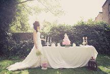 Alice In Wonderland Wedding / by Alice In Weddingland