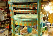 Painted chairs/furniture / by Elizabeth Ragas