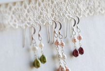 Cool Ways to Display Your Jewelry! / by Felice Designs