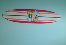 kids surf bedroom plans / by Veronica Colón