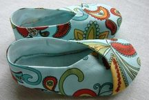 Make your own shoes! I love it!!! / by Erin Haber