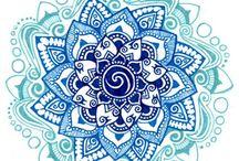 zentangle flowers / by Lynda Ayers Dexter