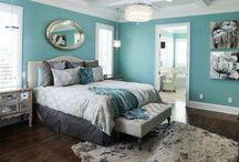 bedroom / by Lynette Baron