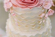 Cake designs / by D'Lee Marble