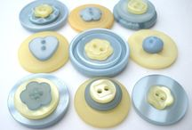 Buttons / by Melissa Granzotto