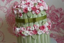 Cute cakes! / by Leida