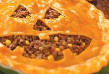 Halloween Recipes and Decorating  / by Dianne Word