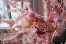 Christmas Decor / by Kira Gundersen
