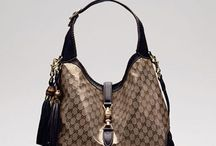 Handbags, Purses & Clutches <3 / by Sophia Michalopoulos