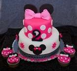 MINNIE MOUSE PARTY!  / by Toni Chamberlain