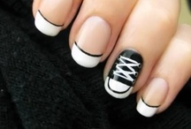 Nails / by Danielle de Varona