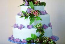 amazing cakes / by Jackie Kelly