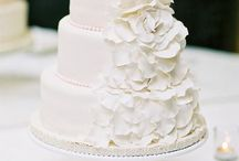 Wedding Cakes / by Michele Craft